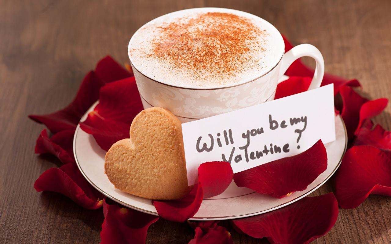 Foto Valentinstag Herz will you be my Valentine? Cappuccino Blütenblätter Kekse Tasse Lebensmittel kronblätter das Essen