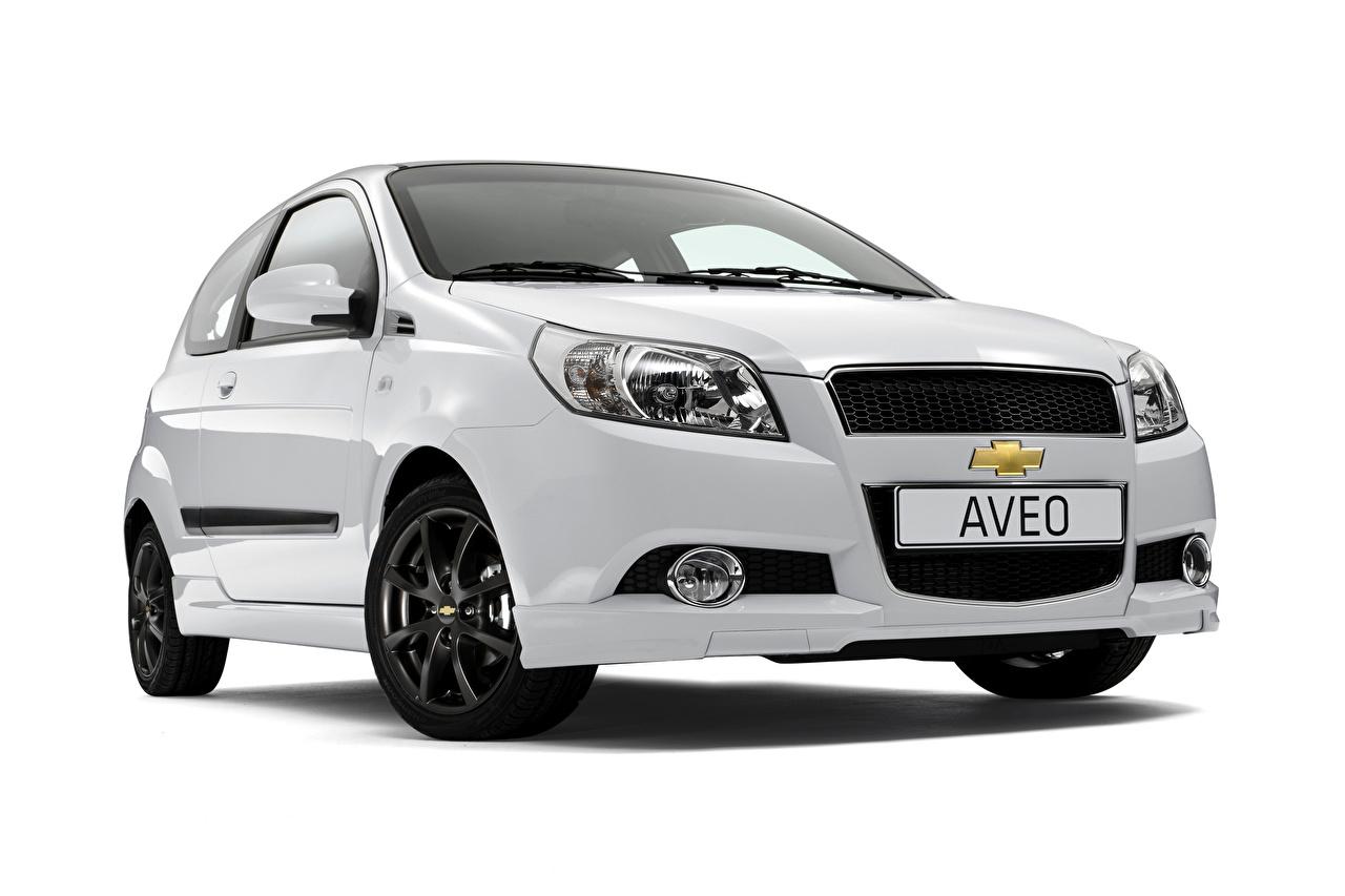Picture Chevrolet White Metallic automobile White background Cars auto