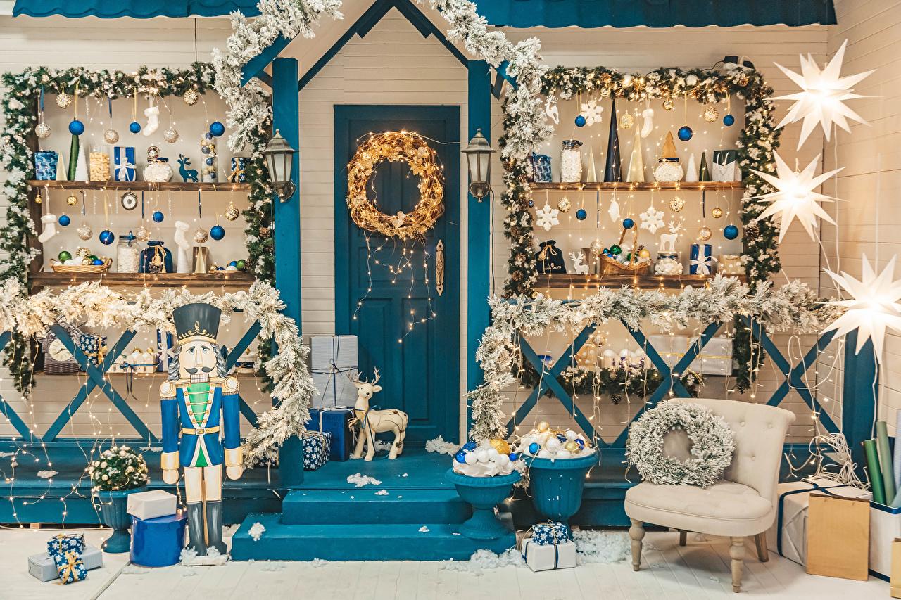 Pictures Deer soldier Christmas Gifts Interior doors Balls Branches Fairy lights New year Soldiers present Door