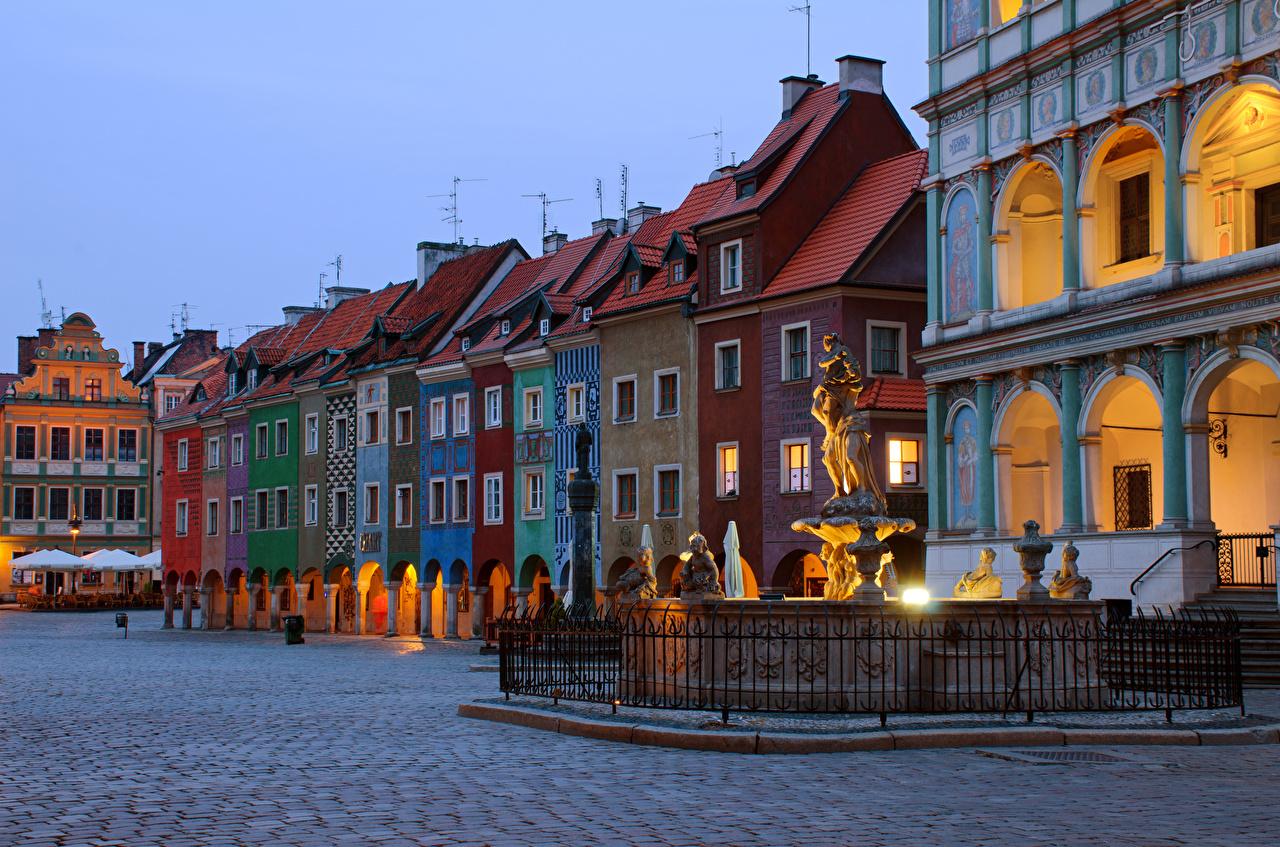 Foto Polen Denkmal Platz Poznan Abend Haus Städte Gebäude