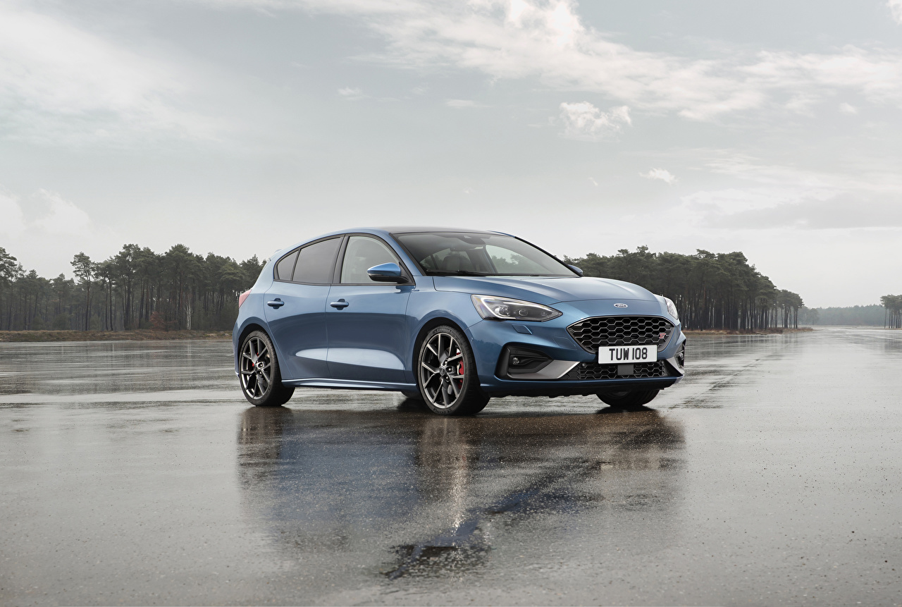 Picture Ford 2019 Focus St Worldwide Light Blue Auto