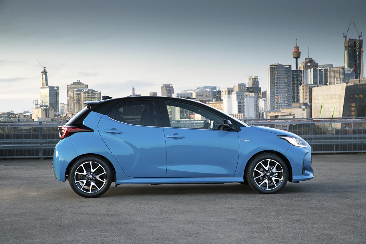 Bilder von Toyota Yaris ZR Hybrid, AU-spec, 2020 Hellblau Seitlich automobil Metallisch auto Autos
