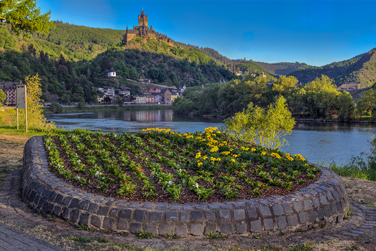 Image Cochem Germany castle Hill river Houses Cities Castles Rivers Building