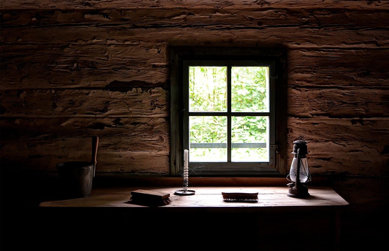 Bilder von Lampe Tisch Kerzen Fenster