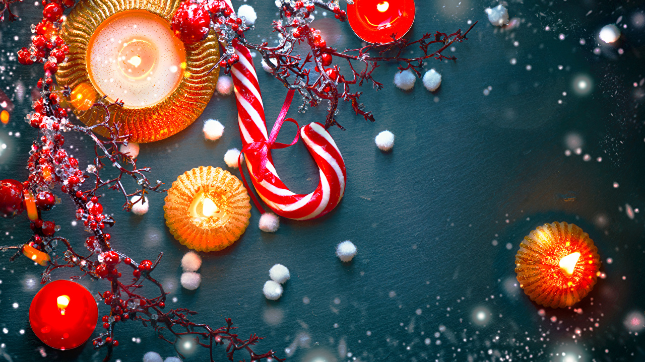Wallpaper Christmas Lollipop Food Berry Candles Branches Colored background New year