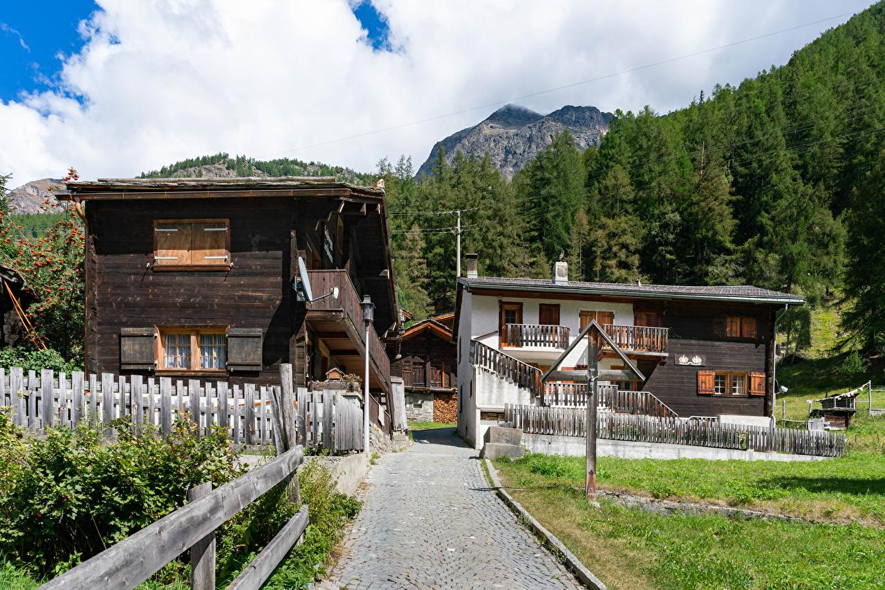 Fotos von Schweiz Dorf village Randa Zaun Städte Gebäude Haus