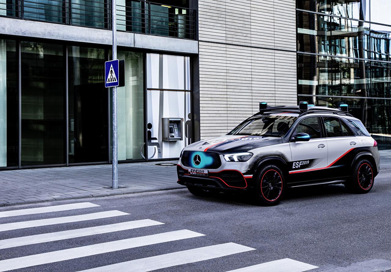Mercedes-Benz_Tuning_2019_GLE-Klasse_ESF_Concept_565817_1280x890.jpg