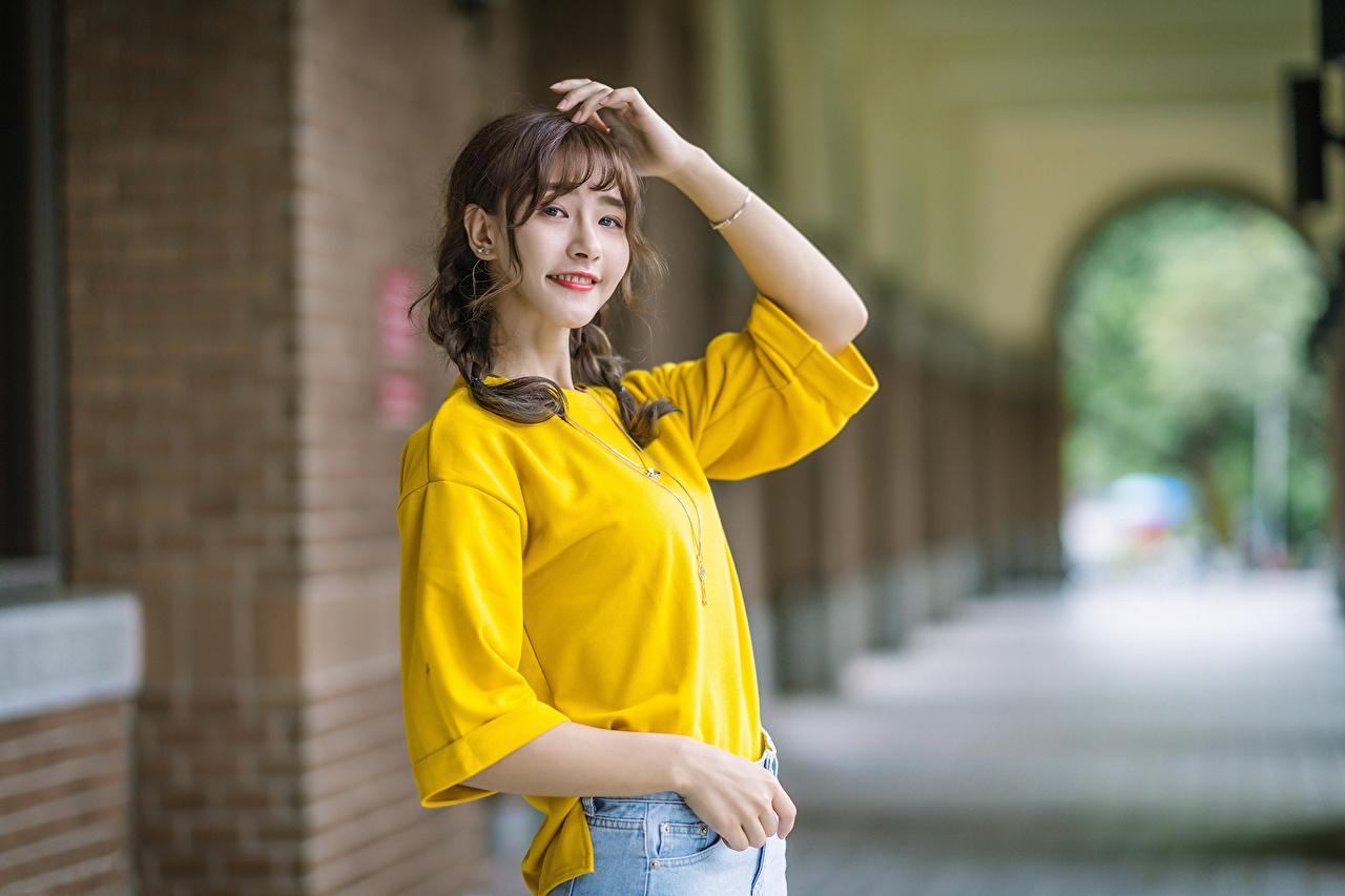 Immagine Sorriso giovani donne asiatico Colpo d'occhio ragazza Ragazze giovane donna Asiatici Sguardo