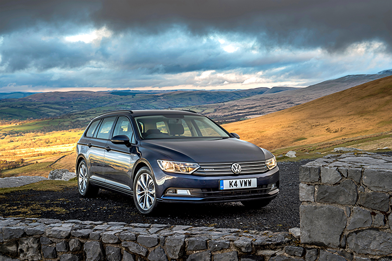 Fondos De Pantalla Volkswagen 2015 Passat Estate Bluemotion B8 Azul Coches Descargar Imagenes