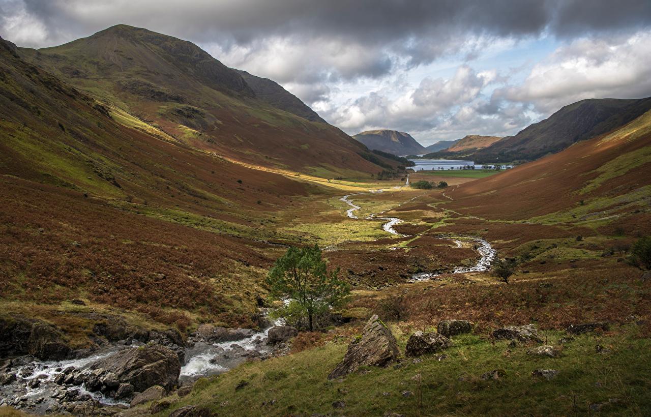 Bilder England Lake District, Buttermere Ein Tal Berg Bach Natur Stein Bäche Gebirge Steine