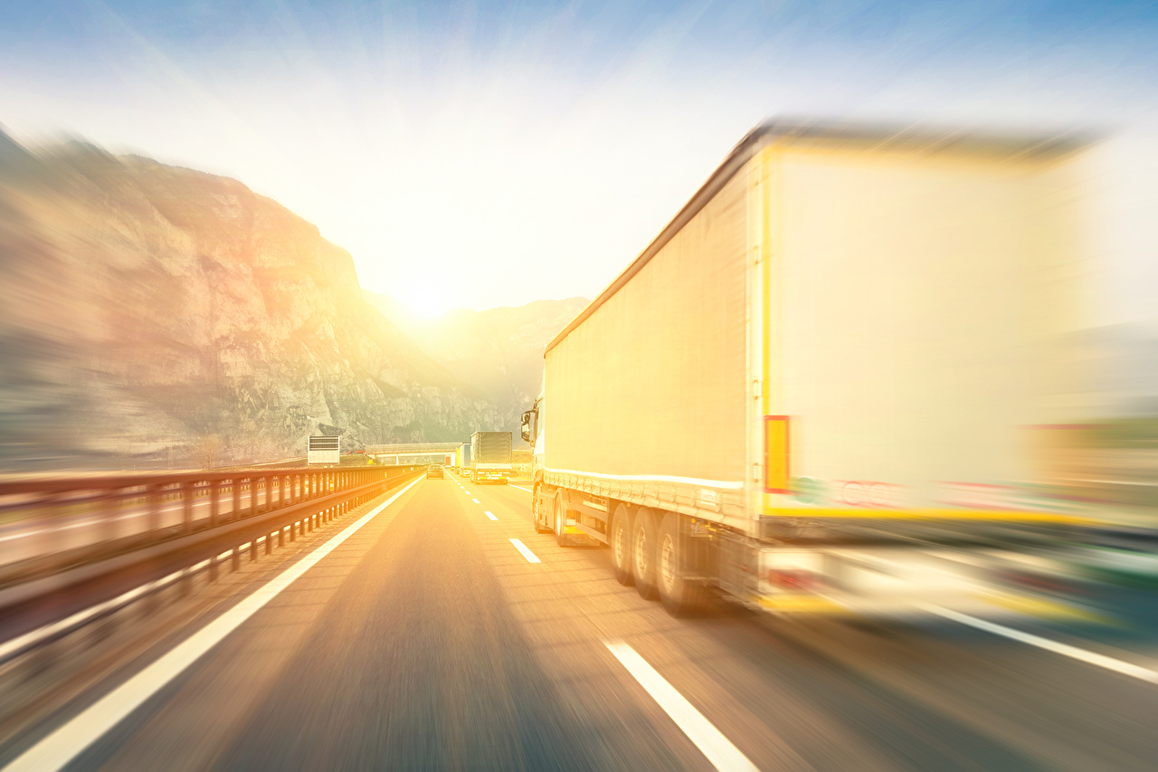Photos Trucks White Roads riding auto lorry moving Motion driving at speed Cars automobile
