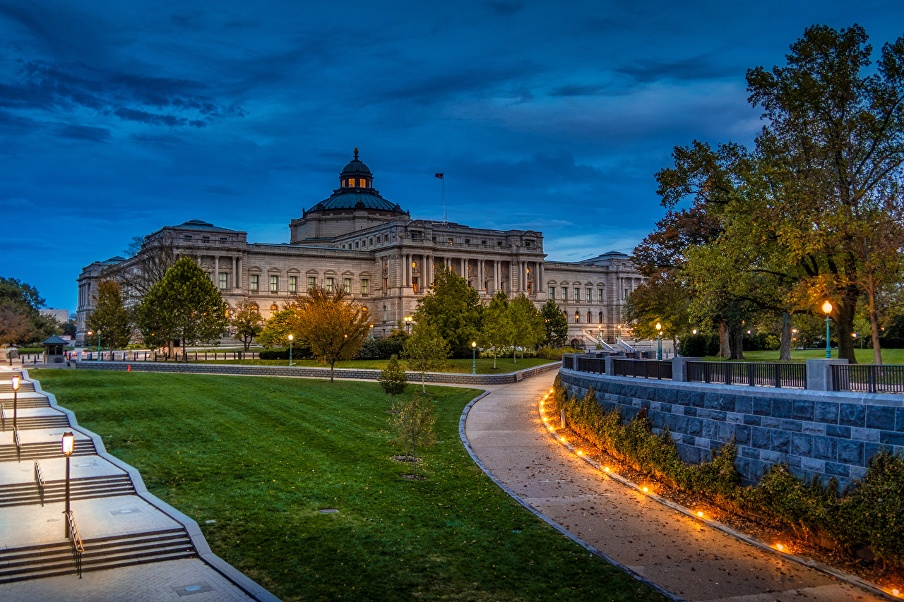 Image Washington USA Library of Congres Stairs Lawn Evening Street lights Houses Cities stairway staircase Building