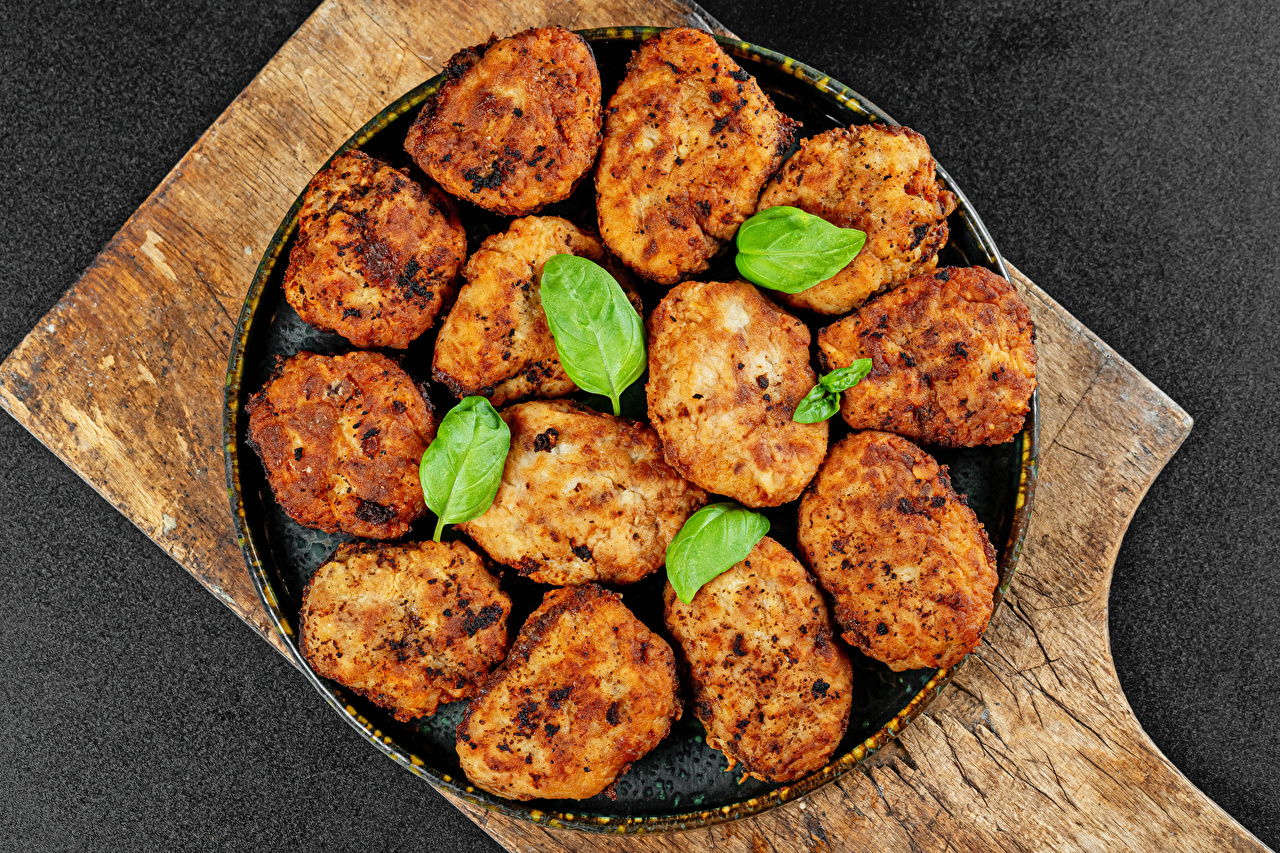 Pictures rissole Food Cutting board Gray background meatballs Frikadeller