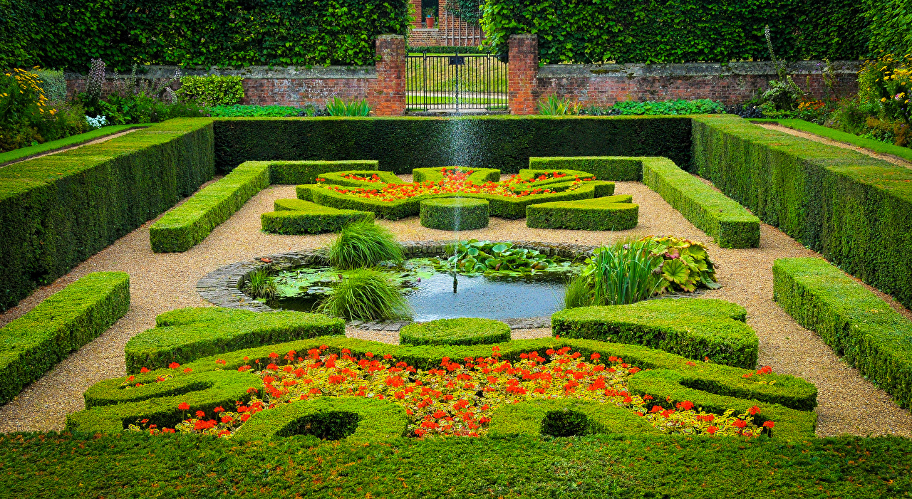 Photos London England Fountains Hampton Court Palace Nature Parks Shrubs Design park Bush