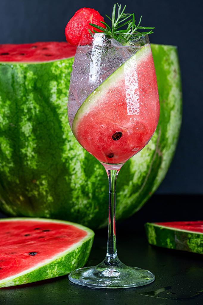 Bilder Stück Wassermelonen Weinglas Lebensmittel Getränke  für Handy stücke das Essen Getränk