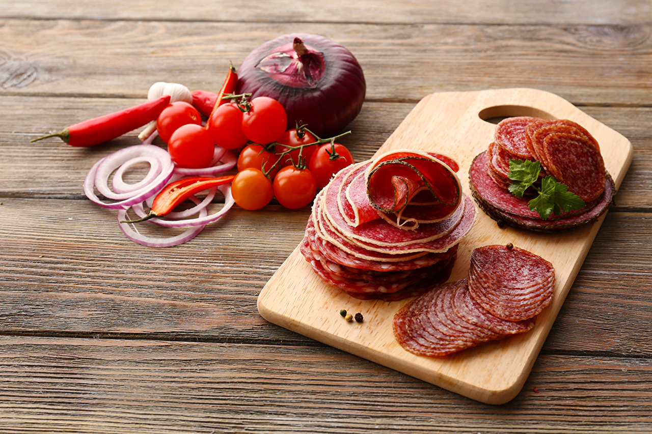 Picture Onion Sausage Tomatoes Food Meat products