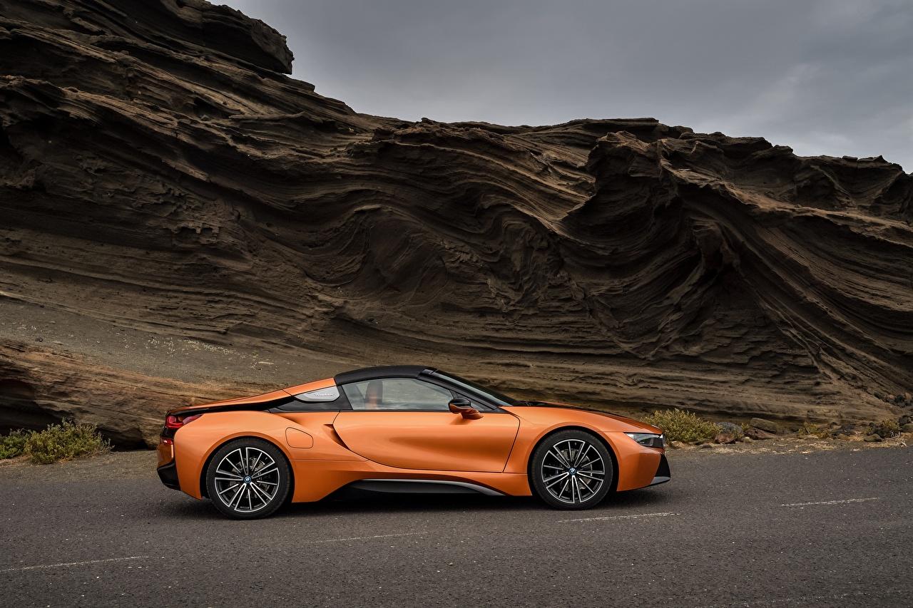 Photo BMW 2018 i8 Roadster Orange Side Cars auto automobile