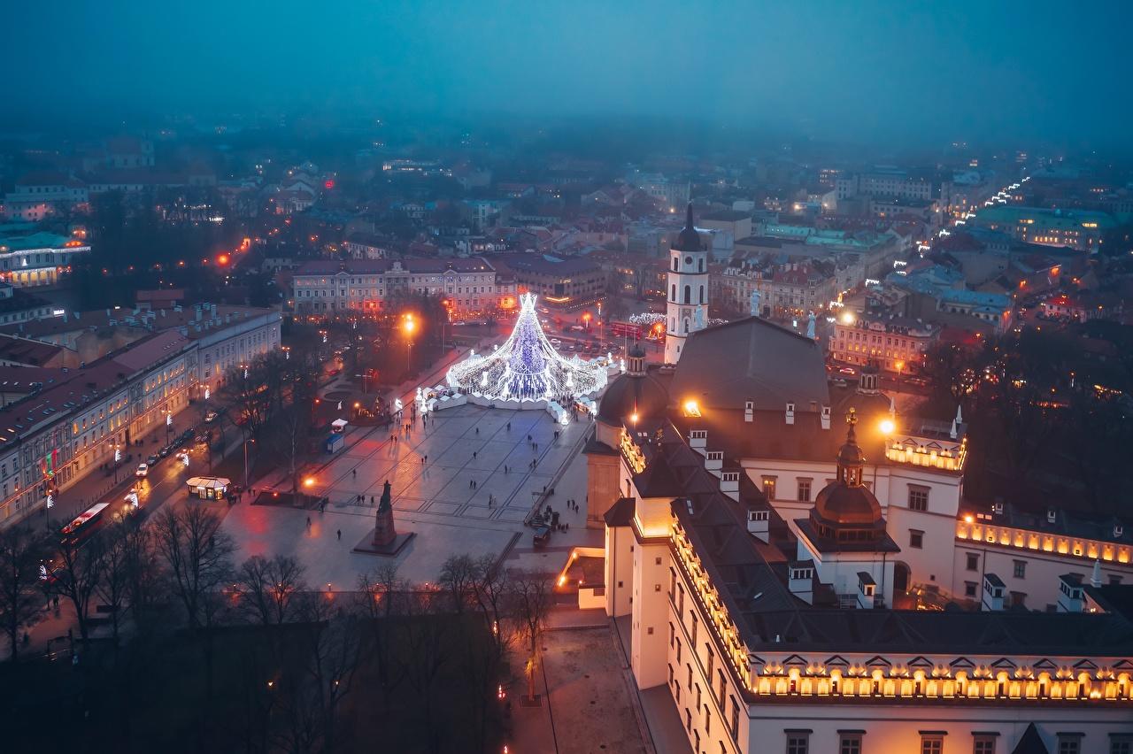 Bilder von Vilnius Litauen Platz Abend Von oben Haus Städte Gebäude