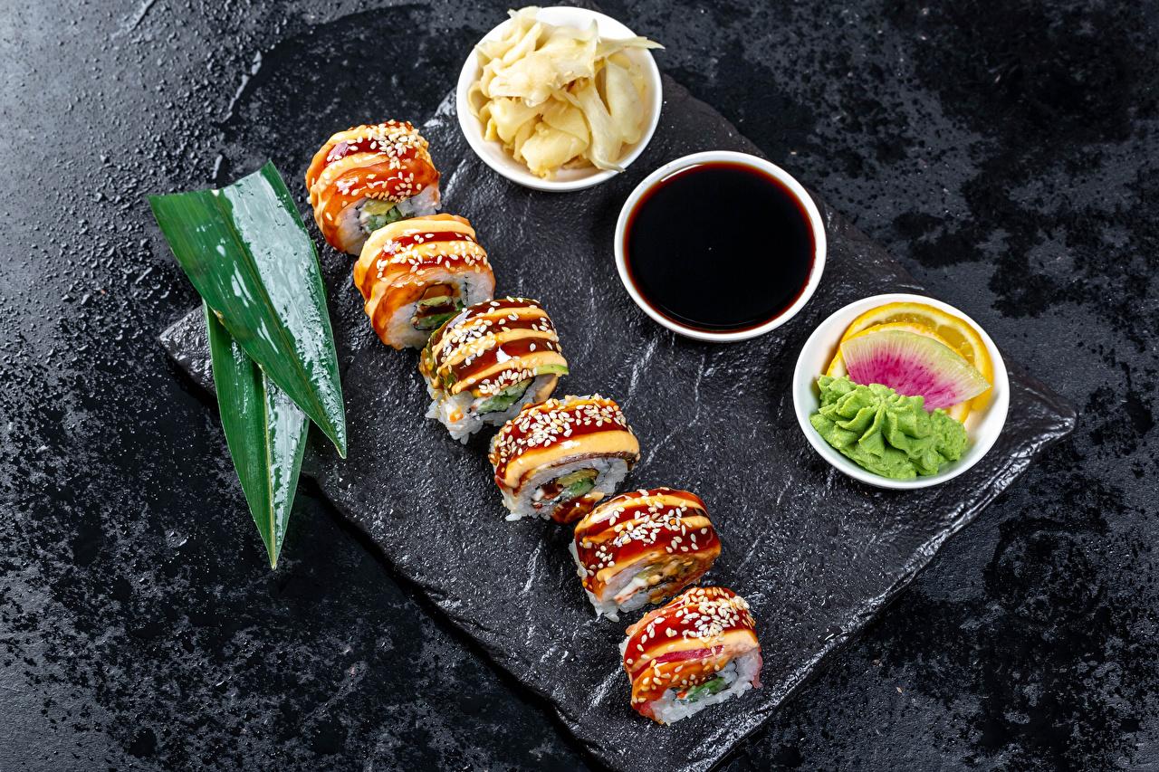 Desktop Hintergrundbilder Sojasauce Sushi das Essen Lebensmittel
