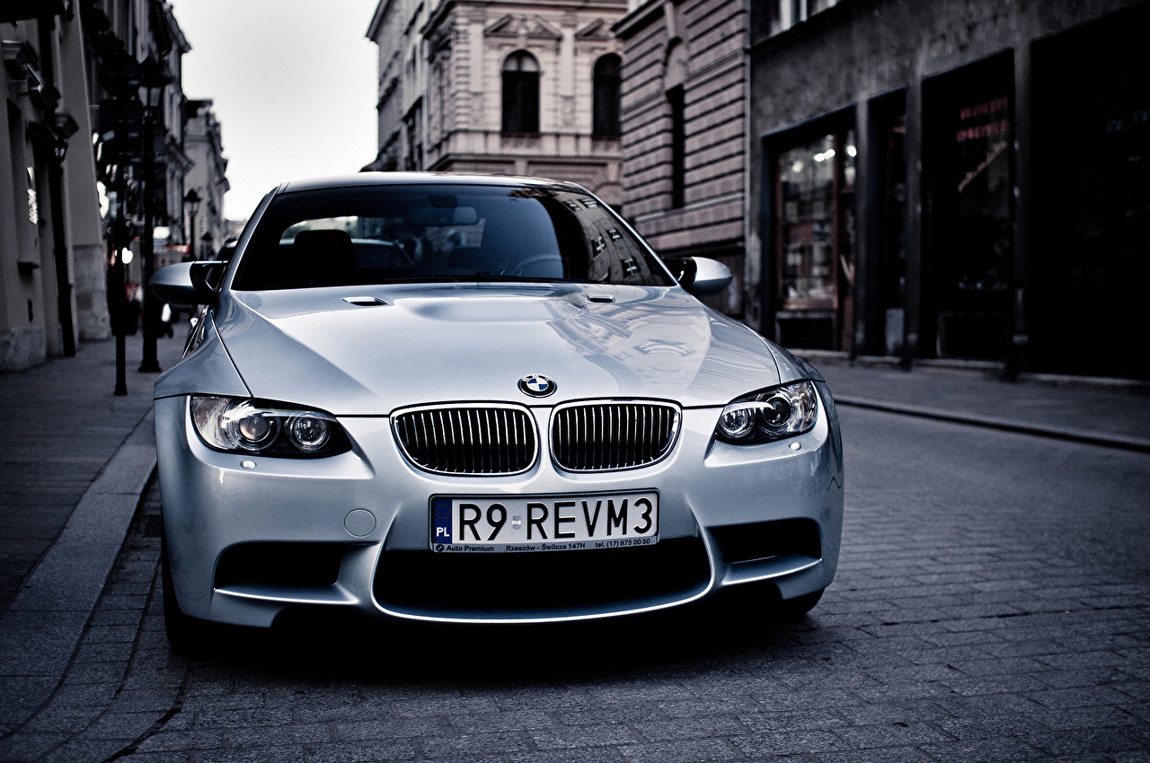 Picture BMW E92 m3 White Street Cars Front auto automobile