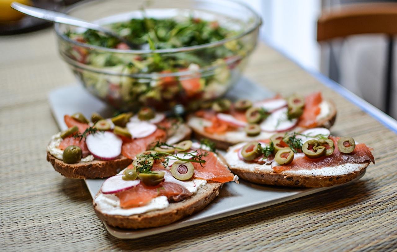 Fotos von unscharfer Hintergrund Oliven Butterbrot Fische - Lebensmittel Lebensmittel Schneidebrett Bokeh das Essen