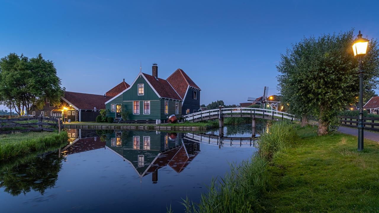 Desktop Wallpapers Netherlands Zaandam, Noord-Holland Canal bridge Grass Street lights Houses Cities Bridges Building