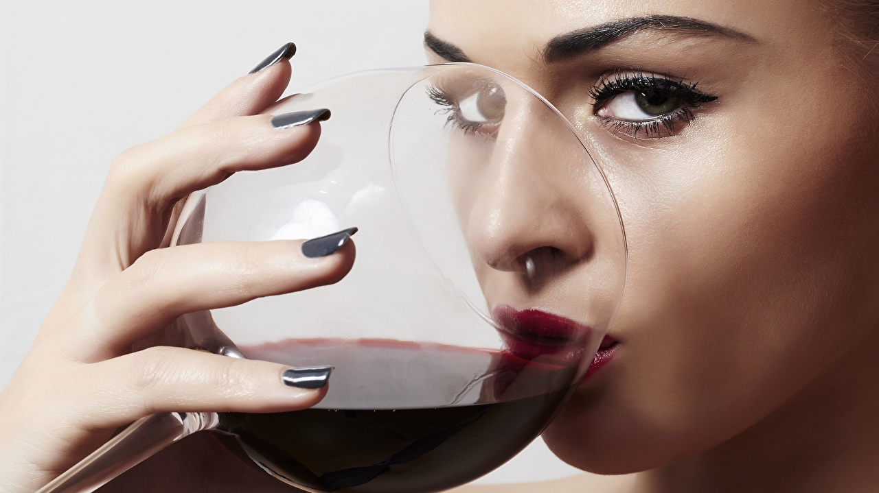 Picture Makeup Drinking Wine young woman Food Fingers Stemware Glance Girls female Staring