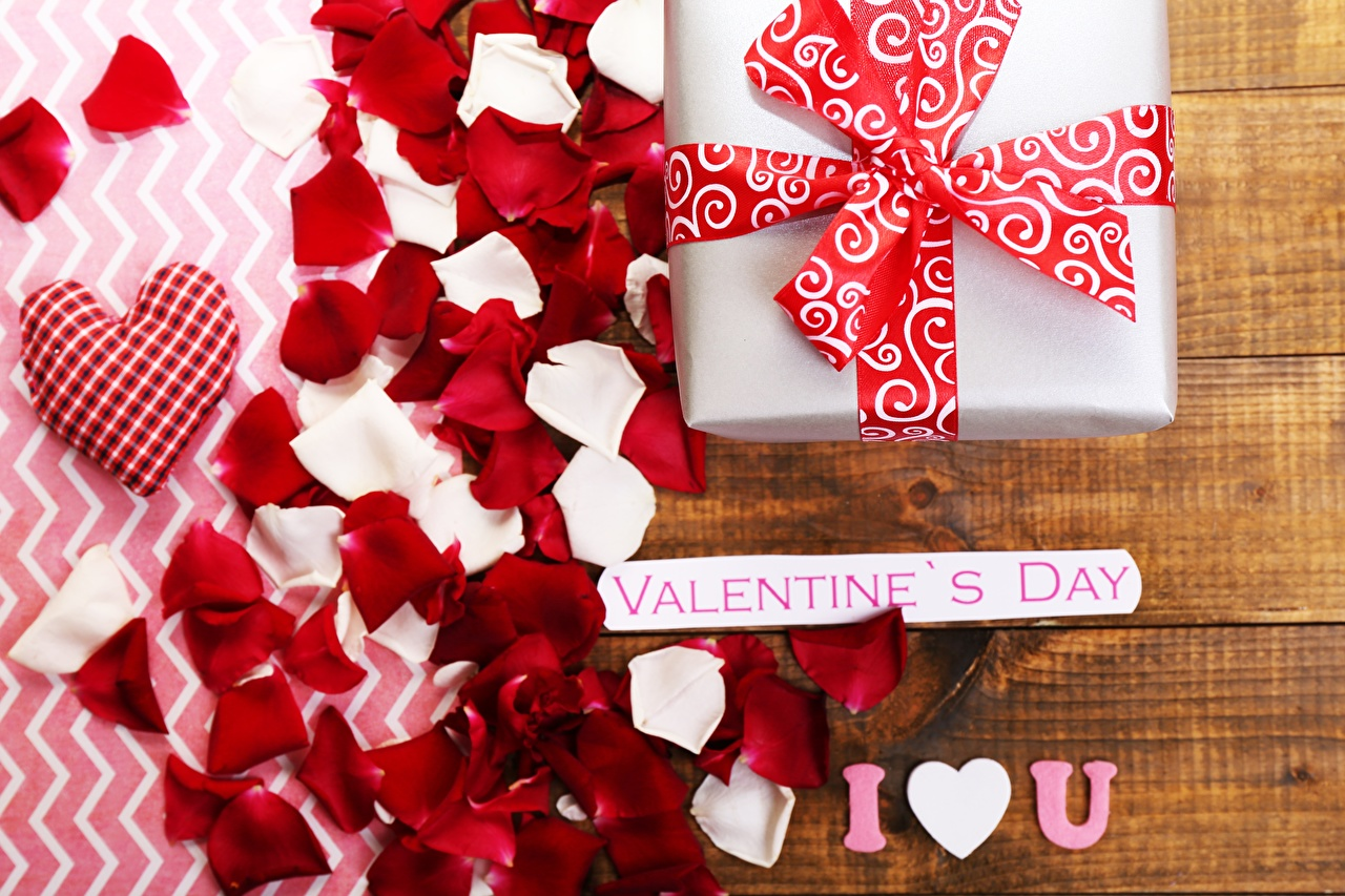 Desktop Wallpapers Valentine's Day English Petals present lettering text Gifts Word - Lettering