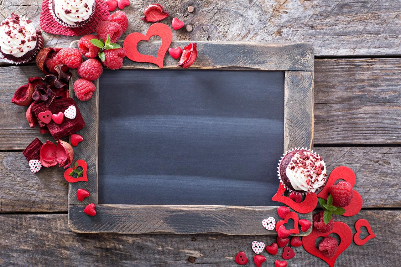 Bilder von Valentinstag Herz Himbeeren Vorlage Grußkarte