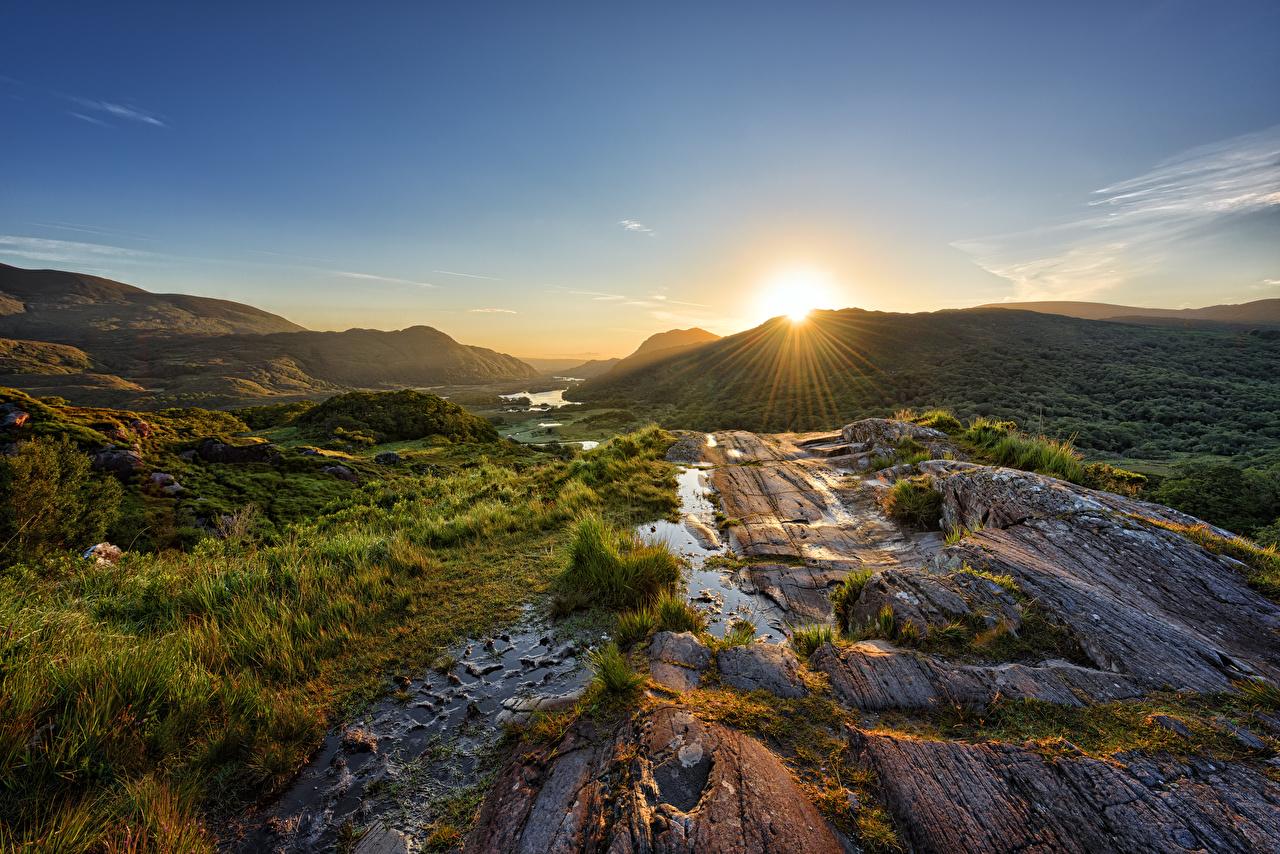 Desktop Wallpapers Rays of light Ireland Killarney National Park Sun Nature Mountains park Sunrises and sunsets stone mountain Parks sunrise and sunset Stones