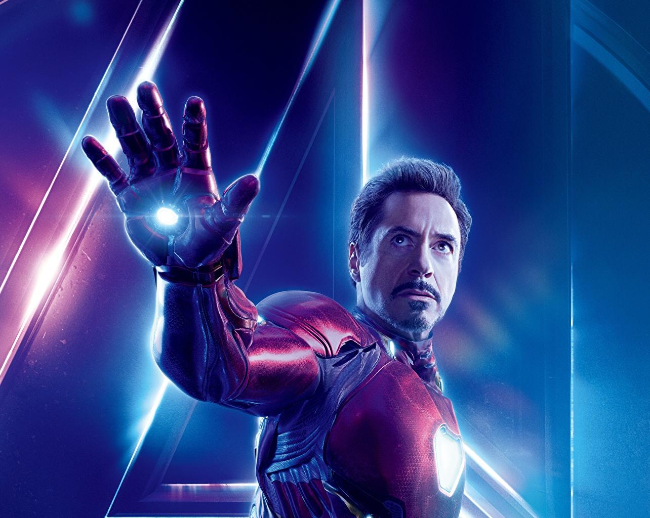 Fotos Avengers: Infinity War Robert Downey Jr Iron Man Held Mann Film Hand Prominente