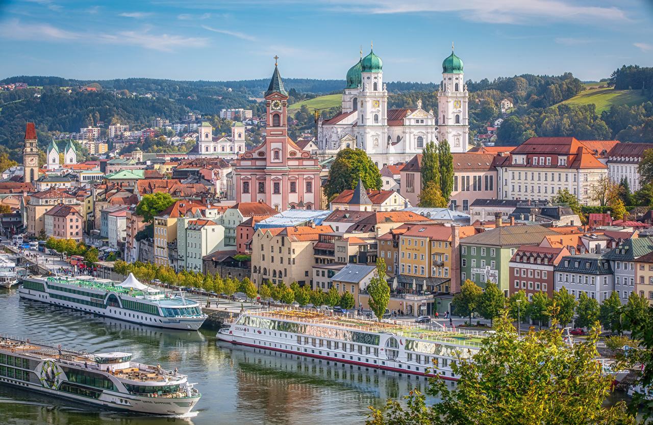 Foto Bayern Deutschland Passau Binnenschiff Flusse Bootssteg Städte Gebäude Fluss Seebrücke Schiffsanleger Haus