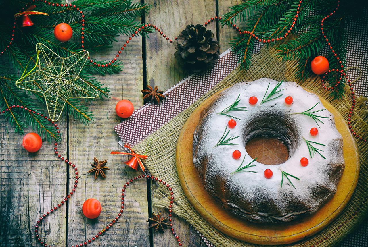 Fotos Neujahr Puderzucker Kugeln Zapfen das Essen Backware Bretter Lebensmittel