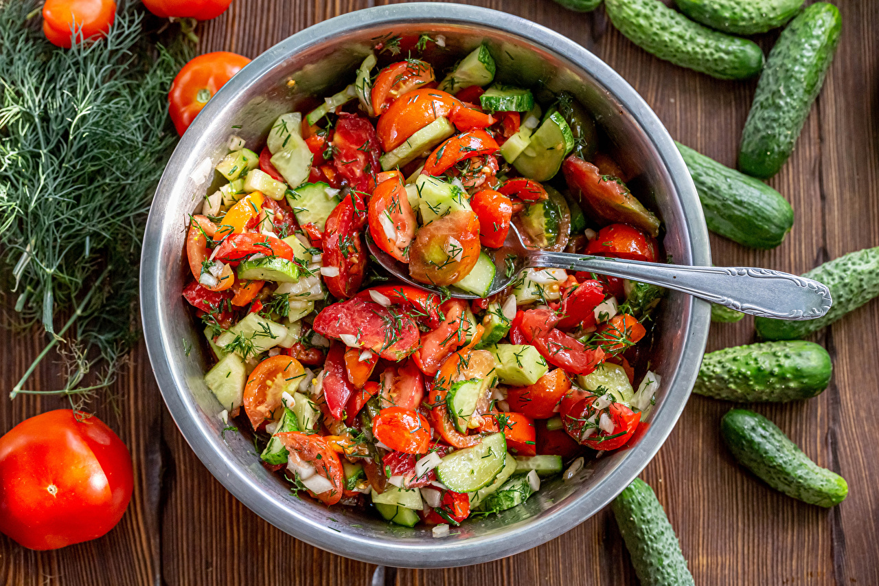 Pictures Tomatoes Cucumbers Dill Food Spoon Plate Salads