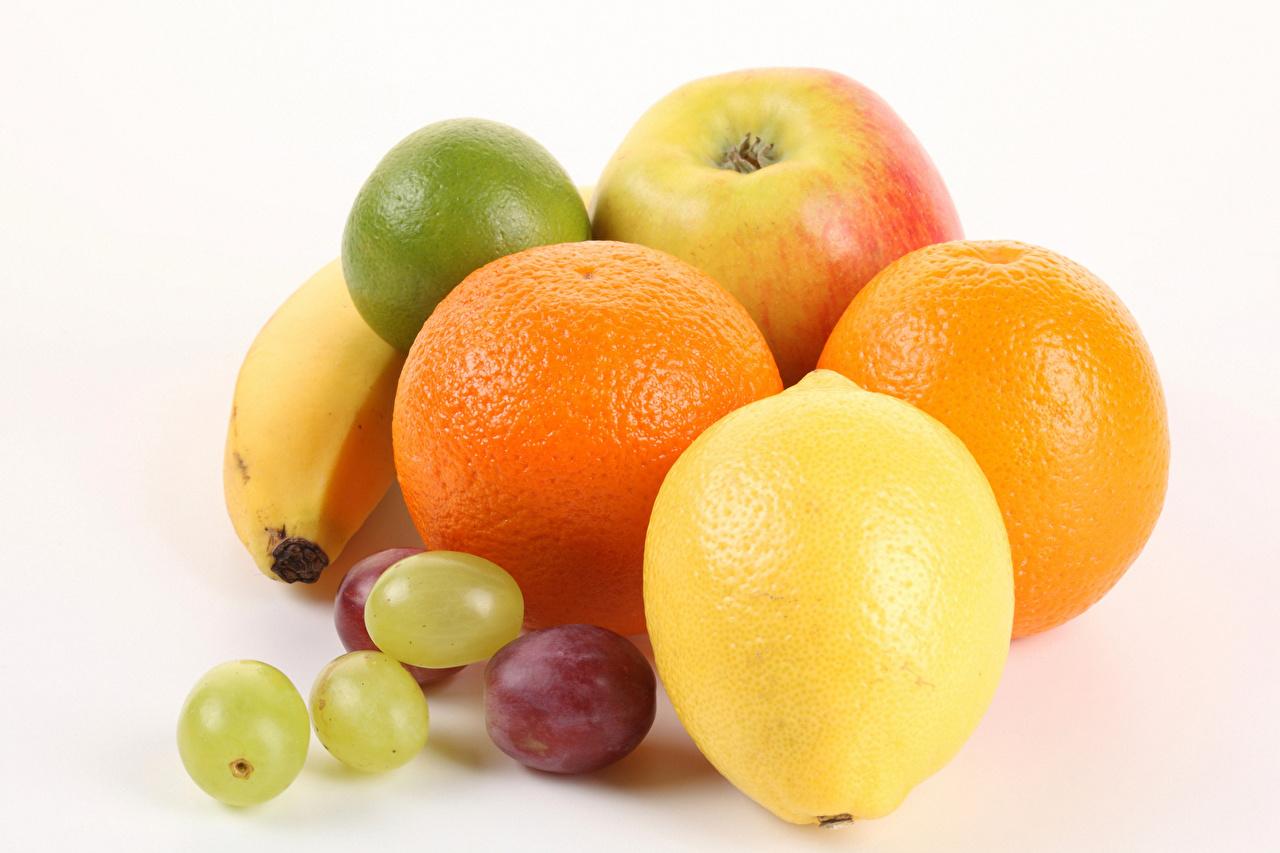 Fotos Apfelsine Zitrone Weintraube Obst Lebensmittel Weißer hintergrund Orange Frucht