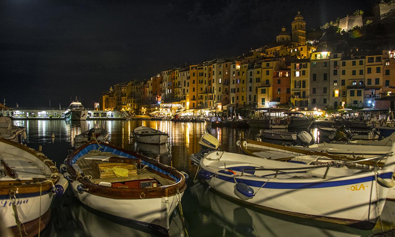 Image Liguria Italy PortoVenere Bay Berth Boats Night Cities Building Pier Marinas night time Houses