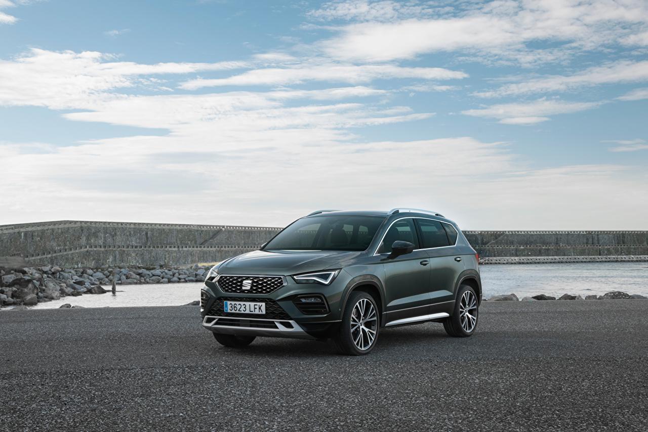 Desktop Wallpapers Seat Crossover Ateca Xperience, 2020 Grey Metallic automobile CUV gray Cars auto