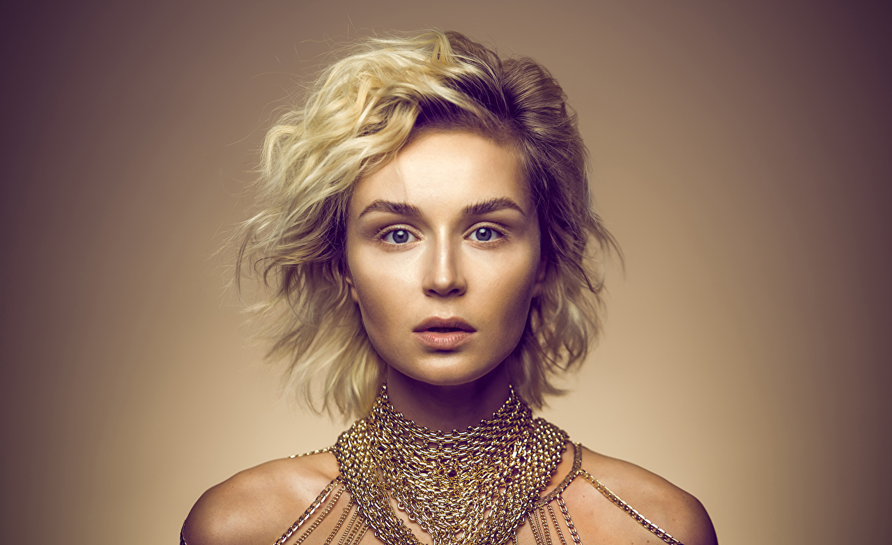 Desktop Wallpapers Polina Gagarina Blonde girl Face Girls Music Glance Celebrities female young woman Staring