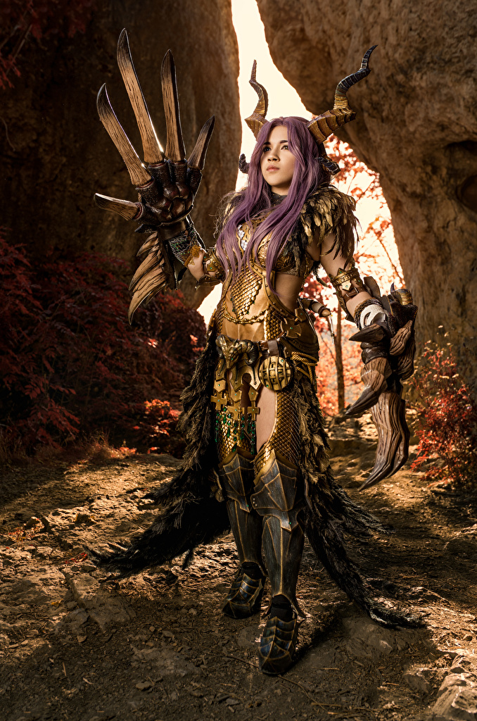 Desktop Hintergrundbilder Mikhail Davydov photographer Rüstung Cosplay Horn Kulve Taroth Armor Pose Fantasy junge frau  für Handy posiert Mädchens junge Frauen