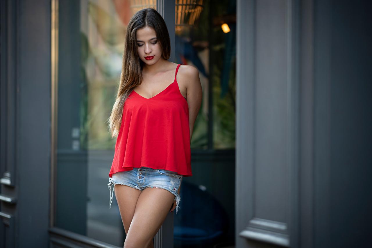 Desktop Hintergrundbilder Ophelie Pose Mädchens Unterhemd Shorts posiert junge frau junge Frauen