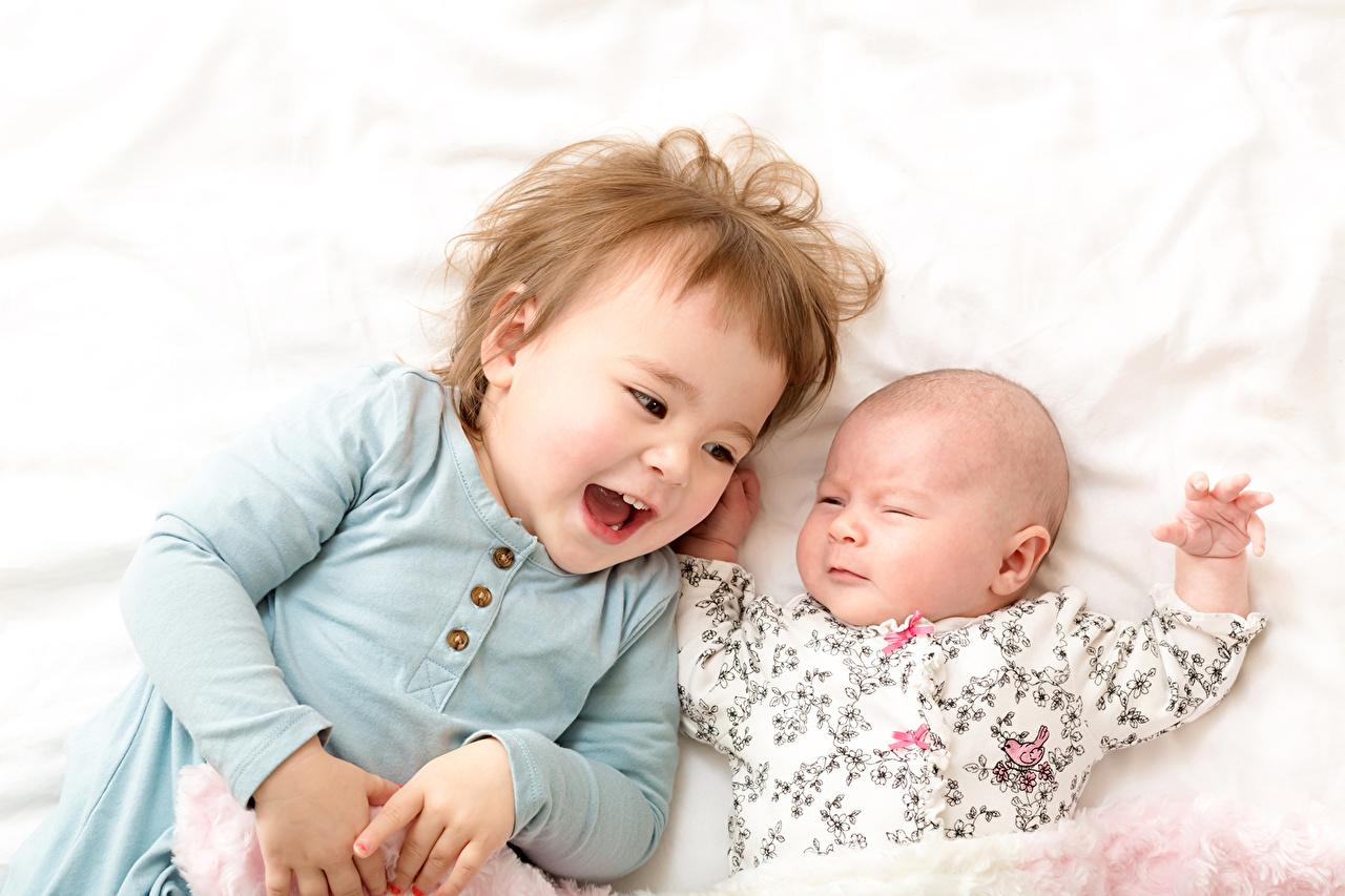 Desktop Wallpapers Little girls Baby Smile laugh child Two Infants newborn laughs Laughter Children 2