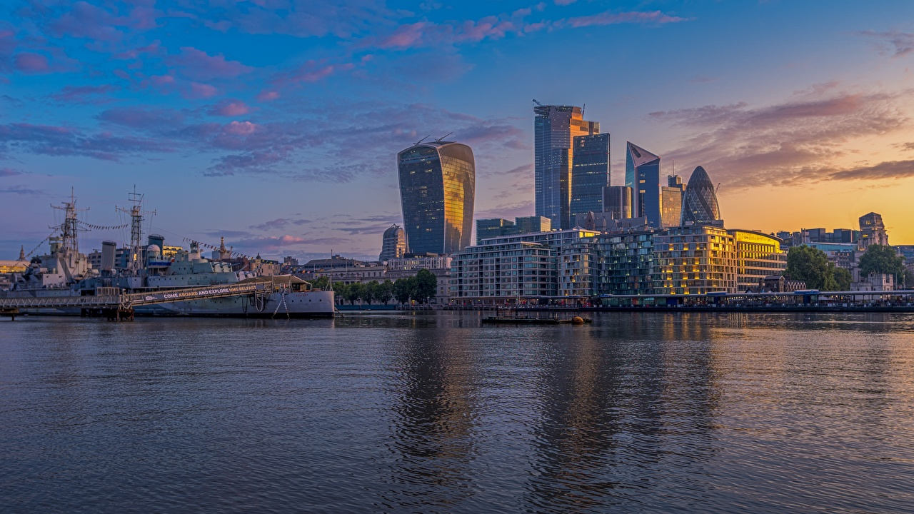 Wallpaper London England Thames Ships sunrise and sunset river Skyscrapers Cities ship Sunrises and sunsets Rivers