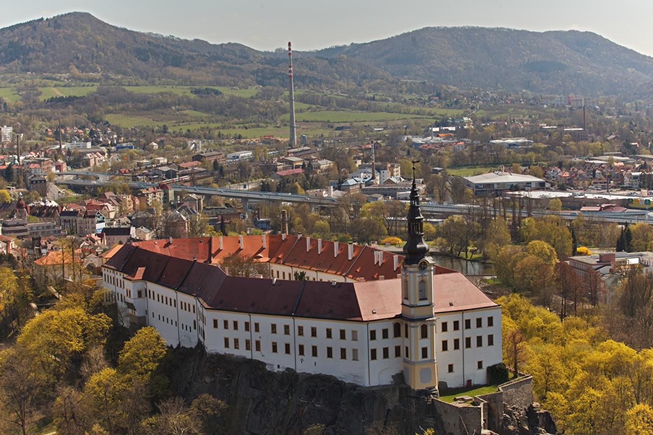 Desktop Wallpapers Fortification Czech Republic Castle Decin, Decin Autumn Castles From above Cities Fortress castle