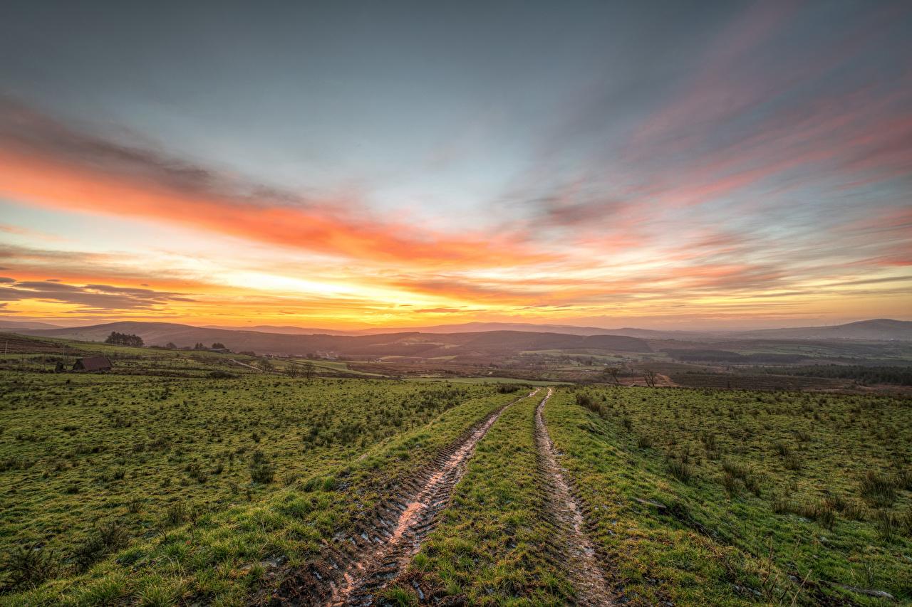 Bilder von Irland Strabane Natur Felder Himmel Hügel Straße Sonnenaufgänge und Sonnenuntergänge Wege Acker Morgendämmerung und Sonnenuntergang