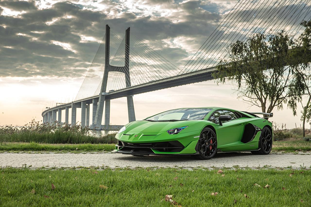 Image Lamborghini 2018 Aventador SVJ Worldwide Yellow green Cars lime color auto automobile