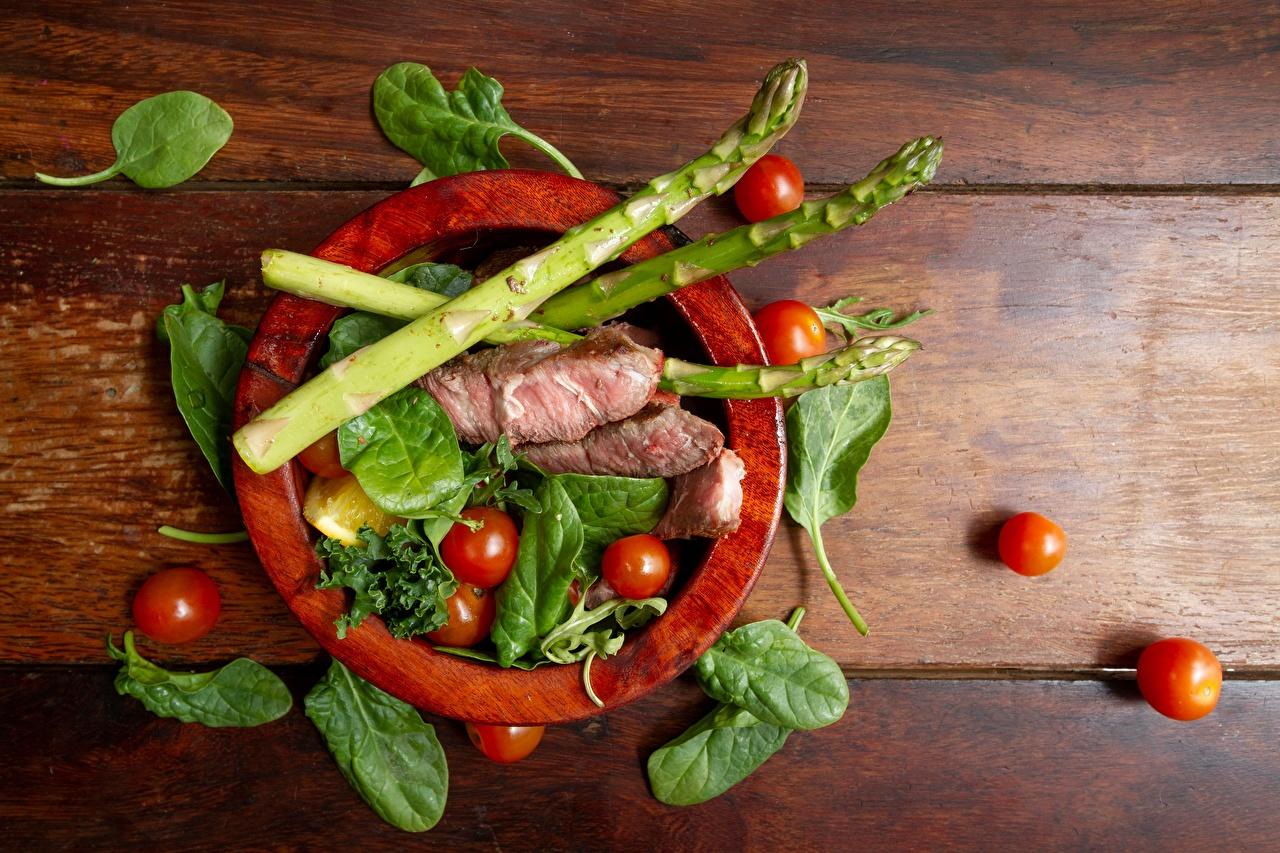 Fotos von Spargel Tomate Königskraut Lebensmittel Fleischwaren Tomaten Basilikum Basilienkraut das Essen