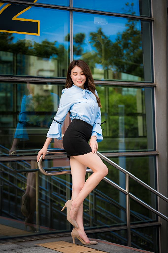 Image Skirt Smile Blouse Girls Legs Asian Stilettos  for Mobile phone female young woman Asiatic high heels