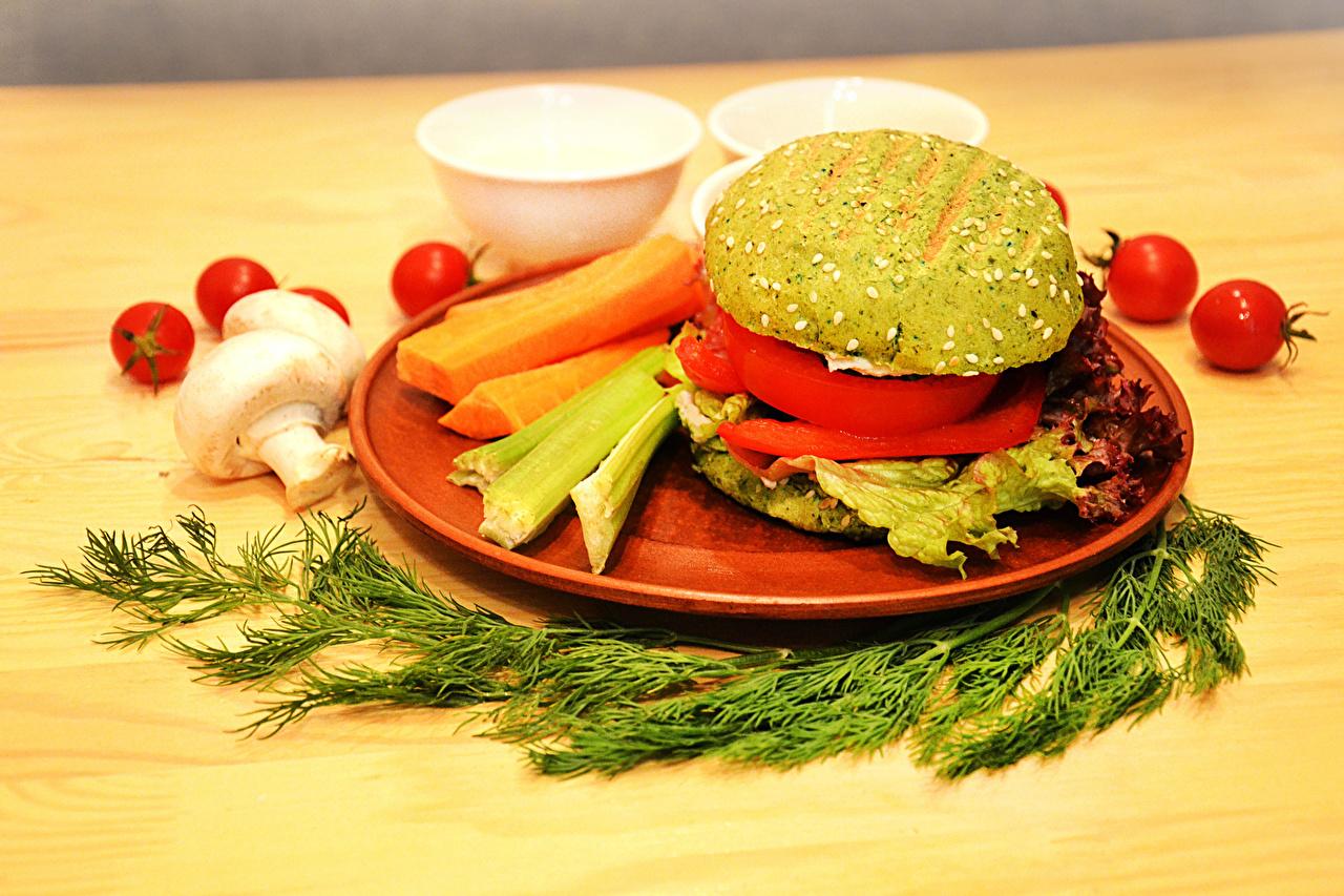 Wallpaper vegan Tomatoes Hamburger Dill Mushrooms Food Plate Vegetables