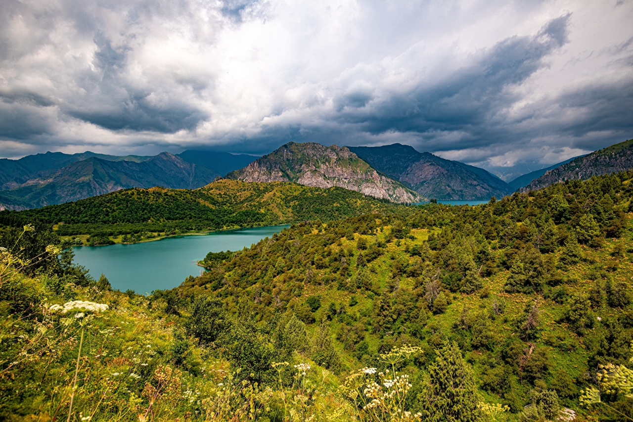Bilder von Sary-Chelek Lake, Kyrgyzstan Berg Natur See Wolke Gebirge
