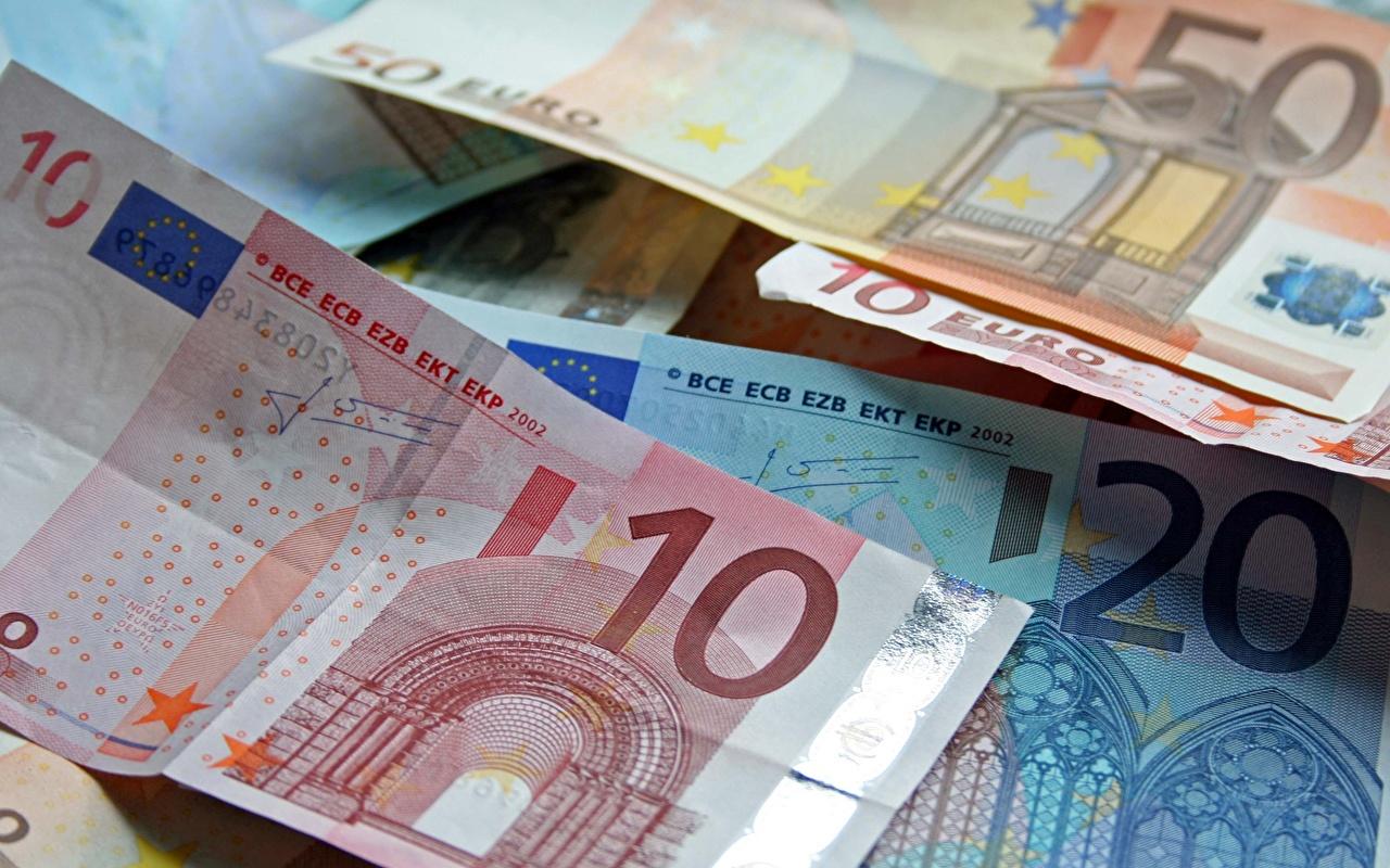 Desktop Wallpapers Euro Banknotes 10 Money Closeup Paper money